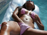 lana violet self finger in bikini